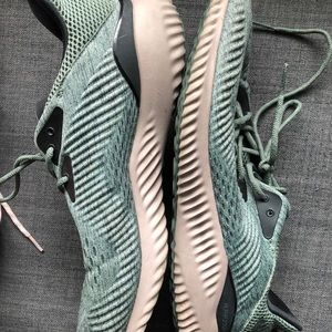 Green and Pink Alpha Bounce
